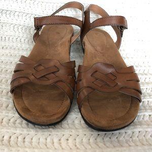 d22d043855c Size  7 · Thom McAn · chele0012 chele0012 · Thom McAn · Women s Thom Mcan  sandals